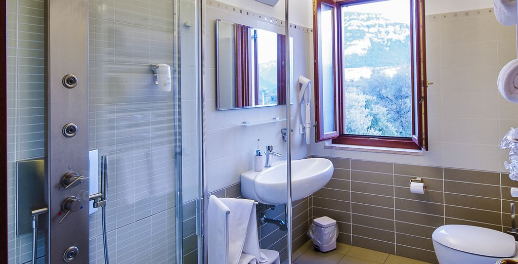 Baños equipados con todo lo que necesitas para que tu estancia sea perfecta