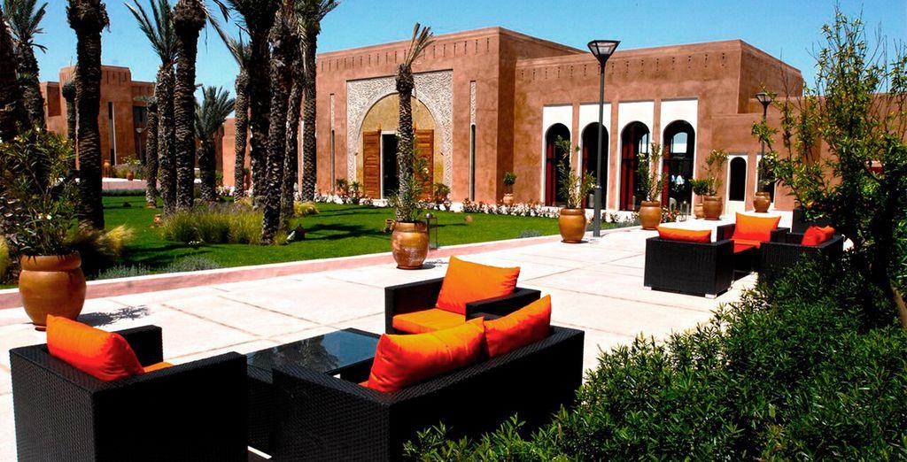 Un hotel de arquitectura tradicional marroquí