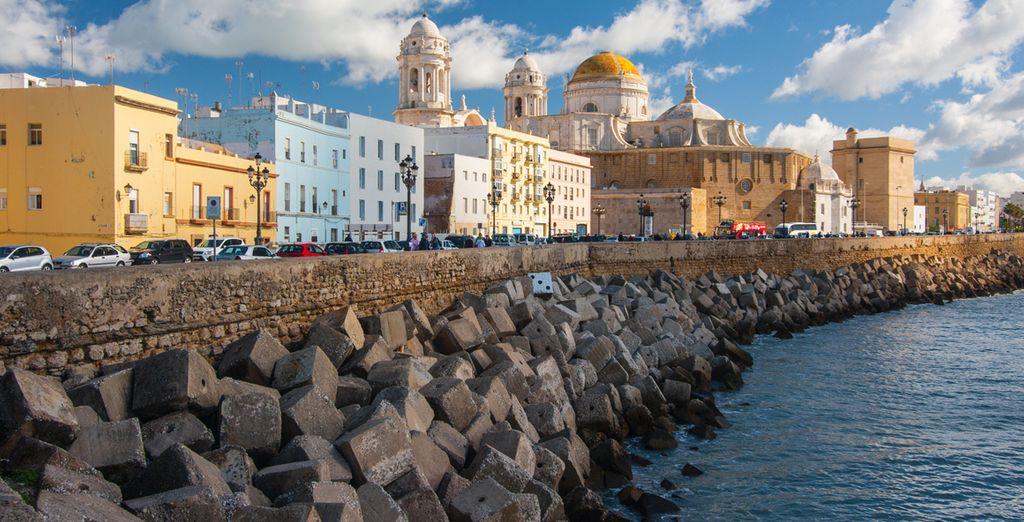 Visita Cádiz, muy cercana