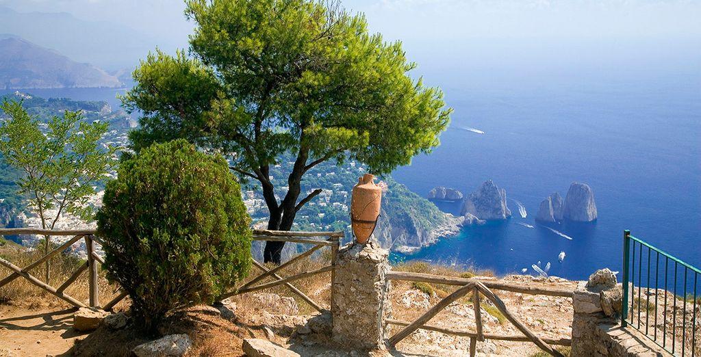 Acércate a Nápoles, a una hora de San Cipriano