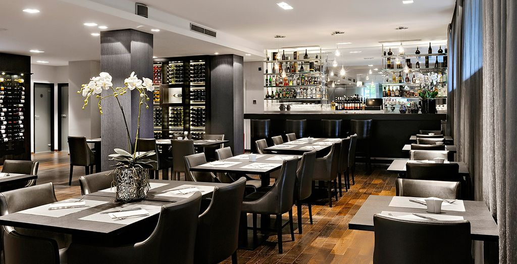 Disfruta de las elaboraciones de cocina húngara y francesa de los chefs