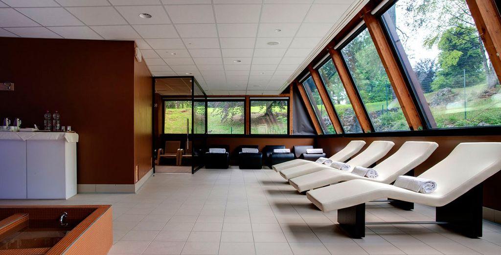 Si te alojas en una habitación Superior, disfrutarás de 3 horas de acceso por persona a la noche