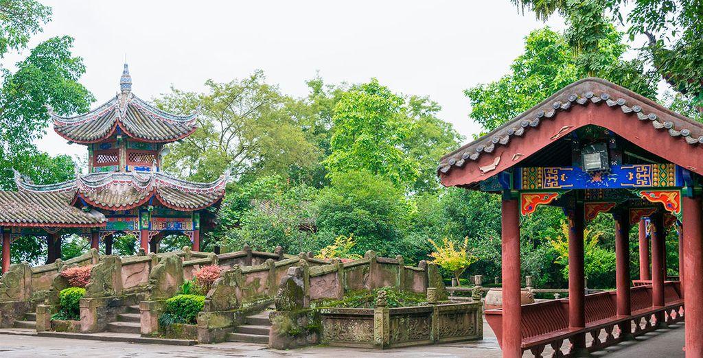 Realizaréis una parada en la localidad de Fengdu