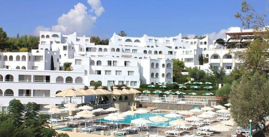 Tu siguiente parada: Lindos Village Resort & Spa 5*