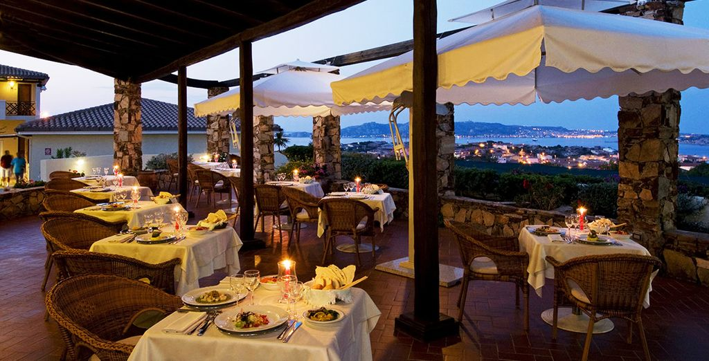 Disfrute de una velada romántica en la terraza