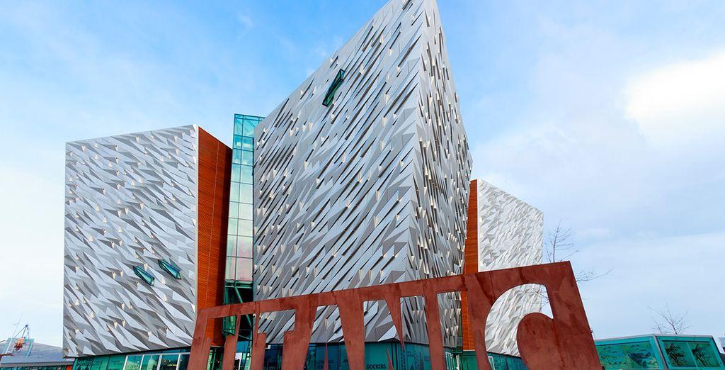 Titanic Belfast, monumento y museo de la embarcación RMS Titanic, construido en Belfast y hundido en el océano Atlántico en 1912