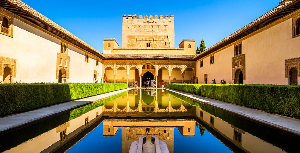 Escápate a Granada y déjate envolver por un entorno único