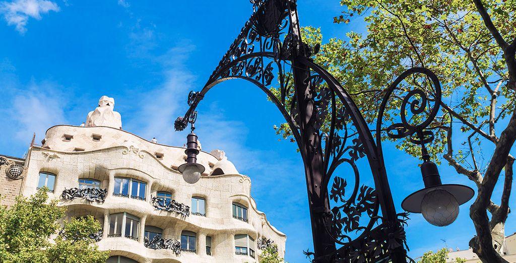 Tu hotel, a tan sólo 100 metros de La Pedrera