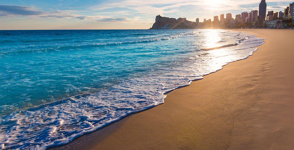 Playa Levante en Benidorm con niños - Voyage Prive