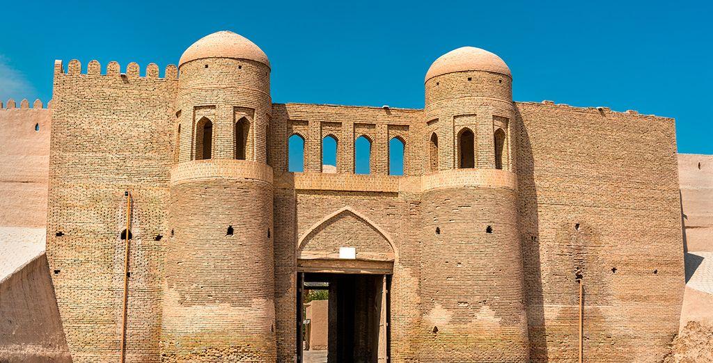 Te gustarán las construcciones históricas como la fortaleza de Ichan Qala