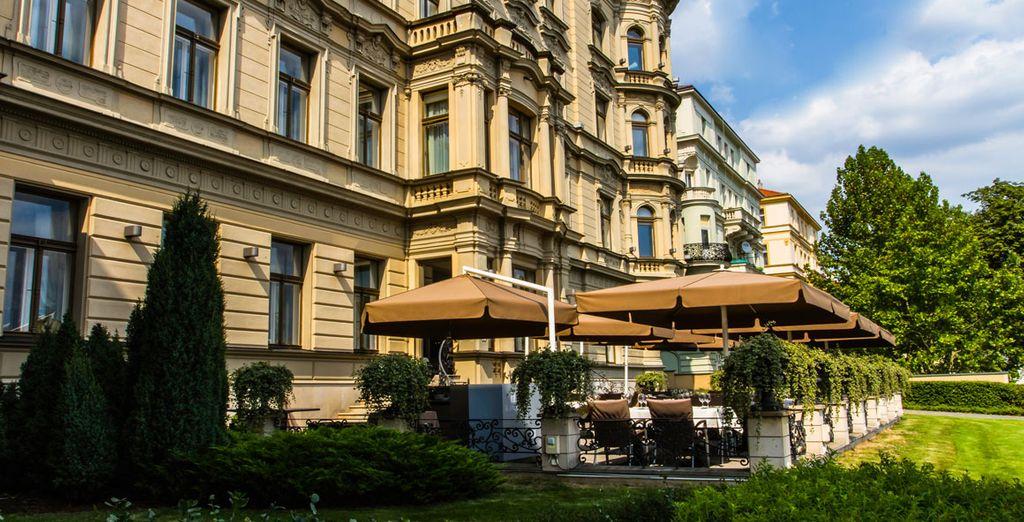 Bienvenido a Le Palais Art Hotel Prague 5*