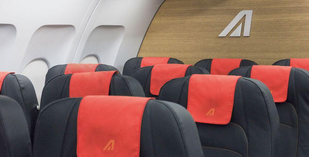 Viaja con todas las comodidades y ventajas de volar con una compañía de línea regular