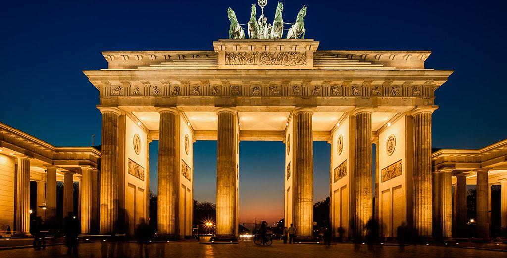 La icónica Puerta de Brandeburgo en Berlín
