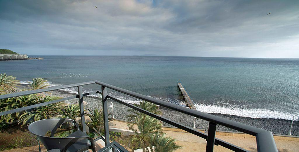 ... y con vistas al mar
