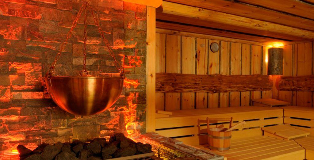 Relájese en la sauna del Spa...