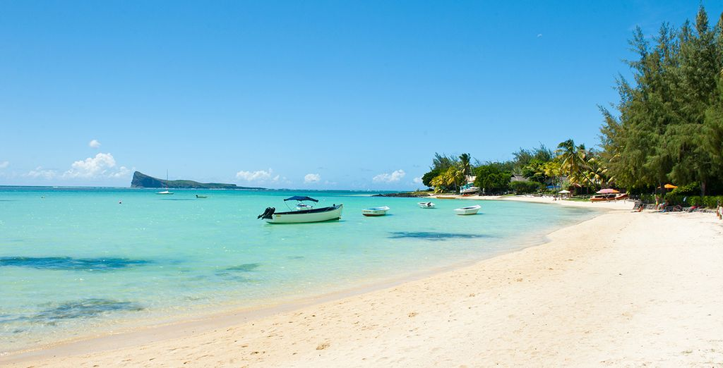 Plages de sable fin et eaux turquoise de l'Île Maurice