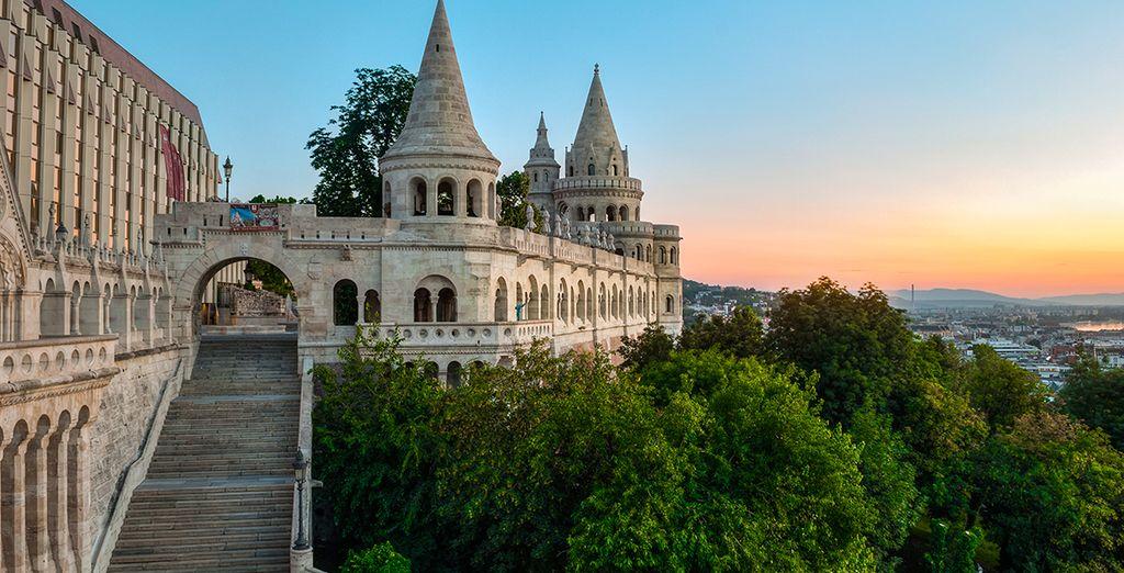 Photographie de Budapest et du réputé pont Széchenyi Lanchid