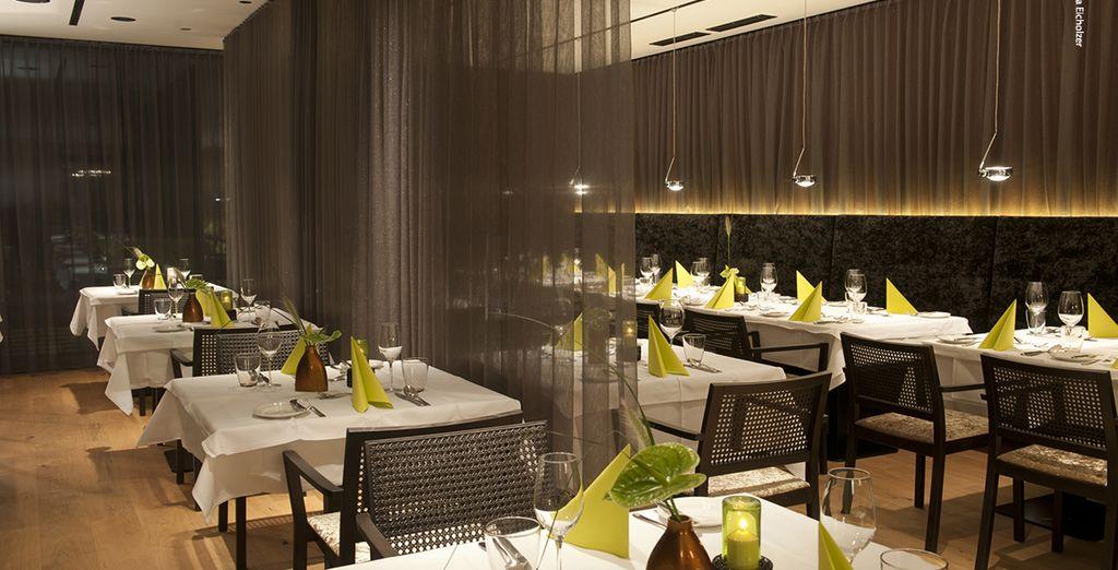 Prenez place au restaurant de l'hôtel et découvrez les plaisirs culinaires d'une région de caractère...