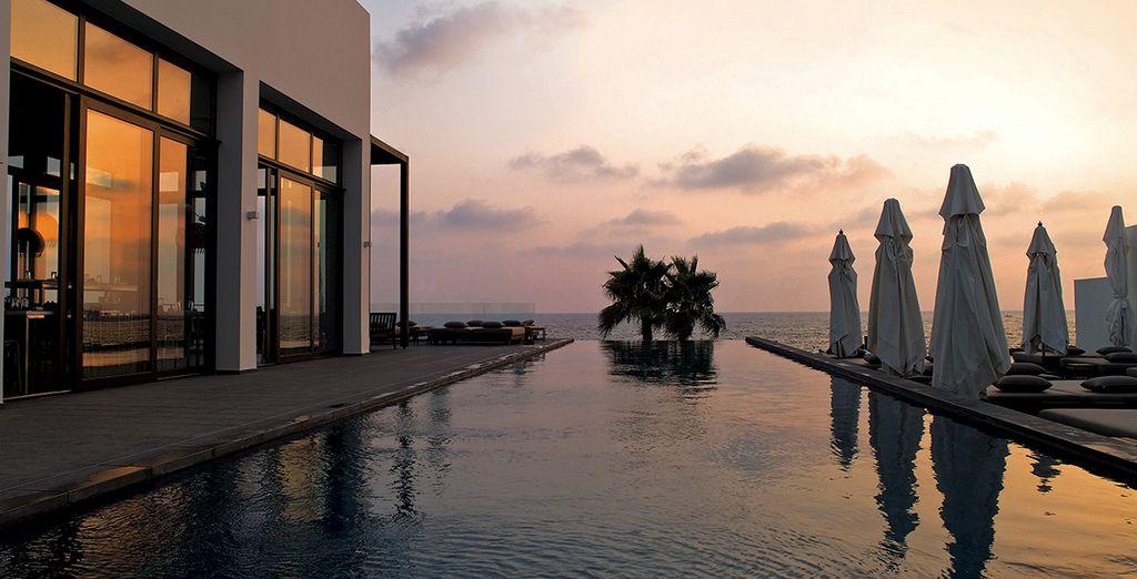 N'oubliez pas les magnifiques perspectives, le soir au coucher du soleil. Bon séjour à Chypre !