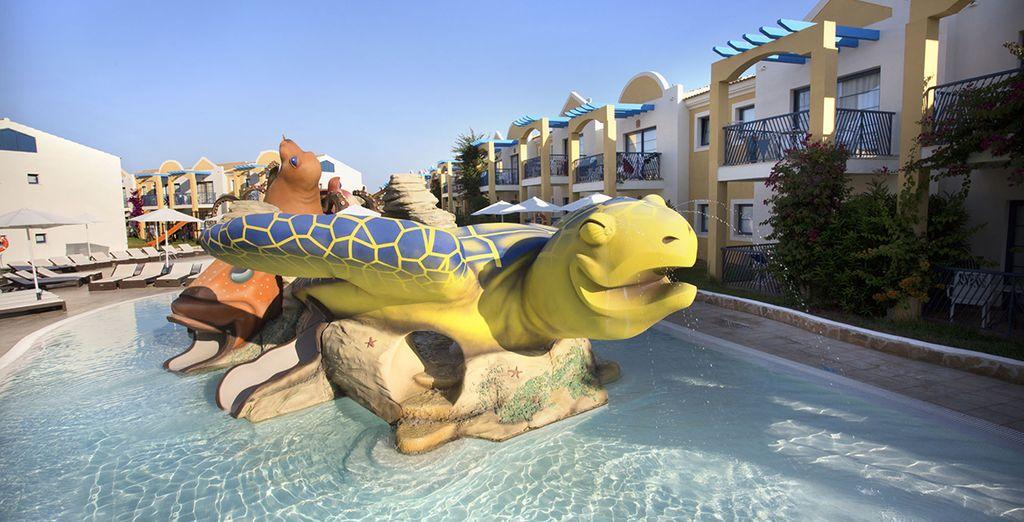Pendant que les enfants, eux aussi, prendront du bon temps grâce aux activités prévues par l'hôtel