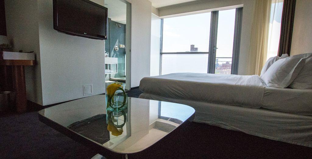 Installez-vous dans votre chambre High Floor King Soaking Tub