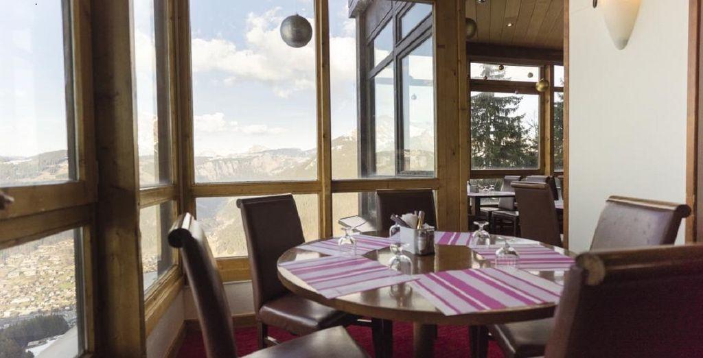 Appréciez les saveurs du restaurant panoramique