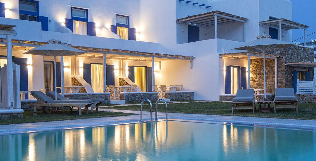 Vous serez logé dans une villa spacieuse et élégante...