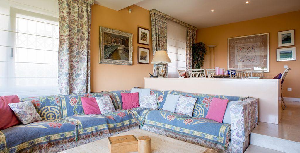 Un salon cosy et spacieux