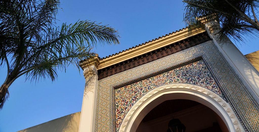 Il se pare d'une décoration typiquement marocaine