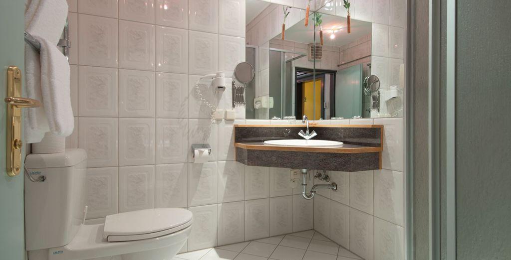 Et un passage dans la salle de bain