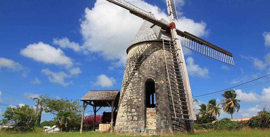 Vous apercevrez le moulin de Bézard