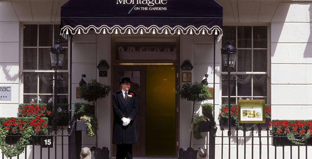 L'entrée - The Montague on The Gardens **** Londres