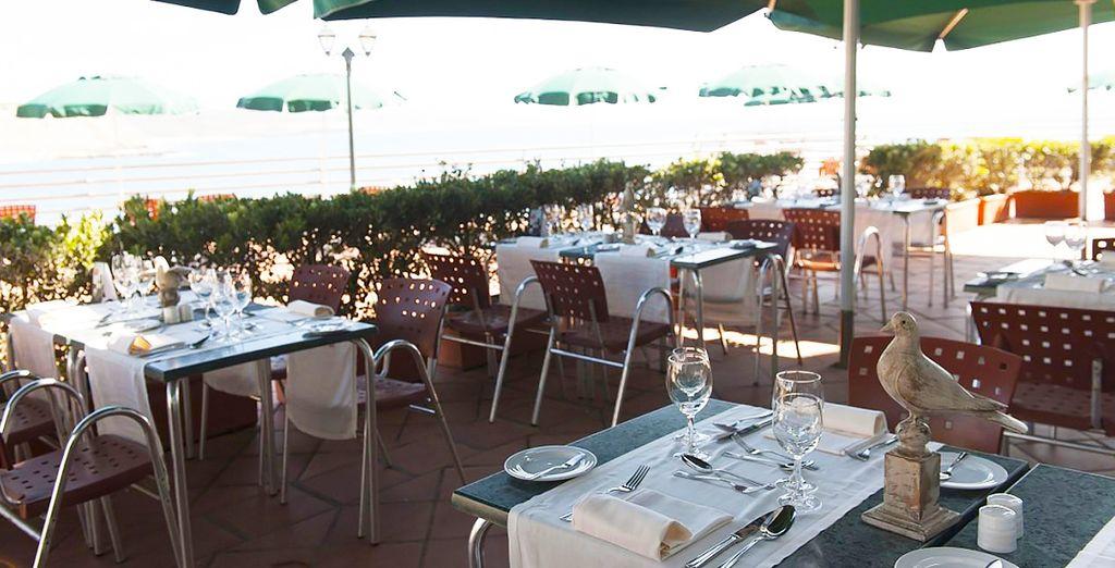 Profitez des beaux jours pour déjeuner en terrasse