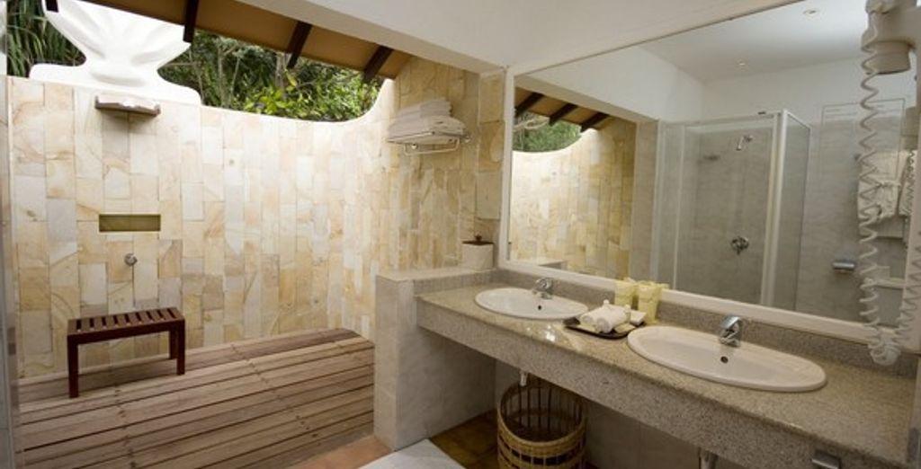 La salle de bains de la chambre Standard