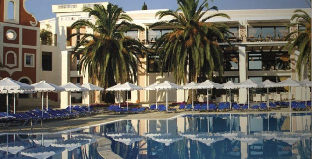 La piscine - Mitsis Roda Beach Resort & Spa ***** Corfou