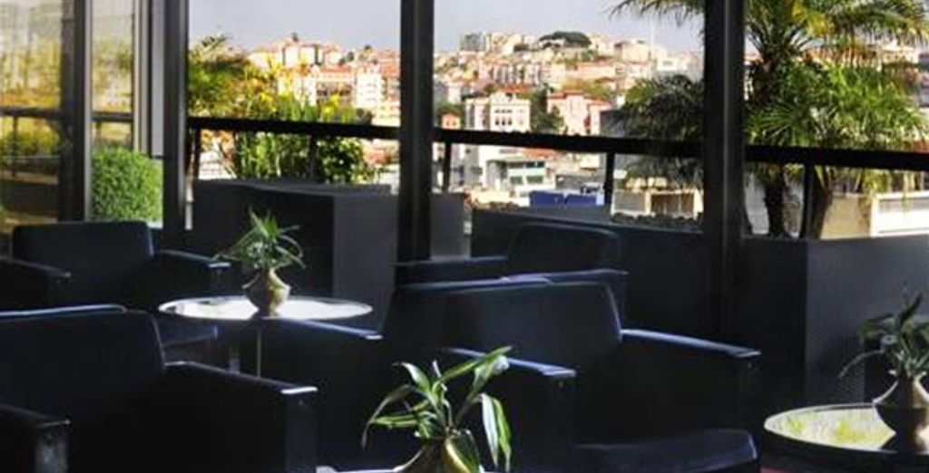 ...Et contemplez Lisbonne