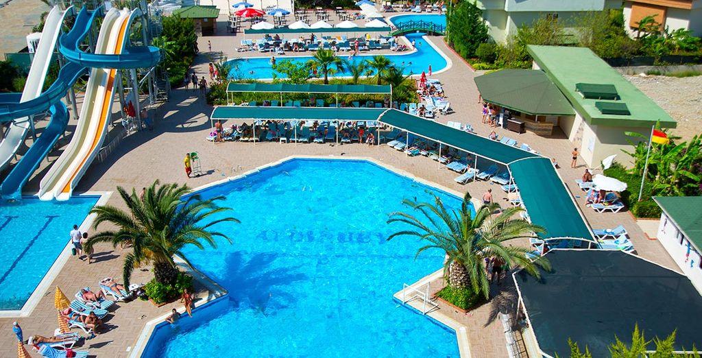 Nous vous installons à l'hôtel Aydinbey Gold Dreams
