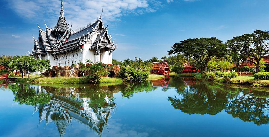 De Bangkok à Mae Sae en passant par Domnoen Saduak, Ayuthaya, Pitsanuloke, Sukhotai, Chiang Rai, le Triangle d'or et Chiang Mai...
