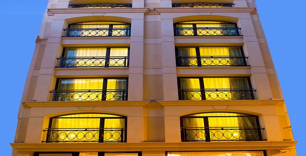 L'hôtel La Perula vous ouvre ses portes...