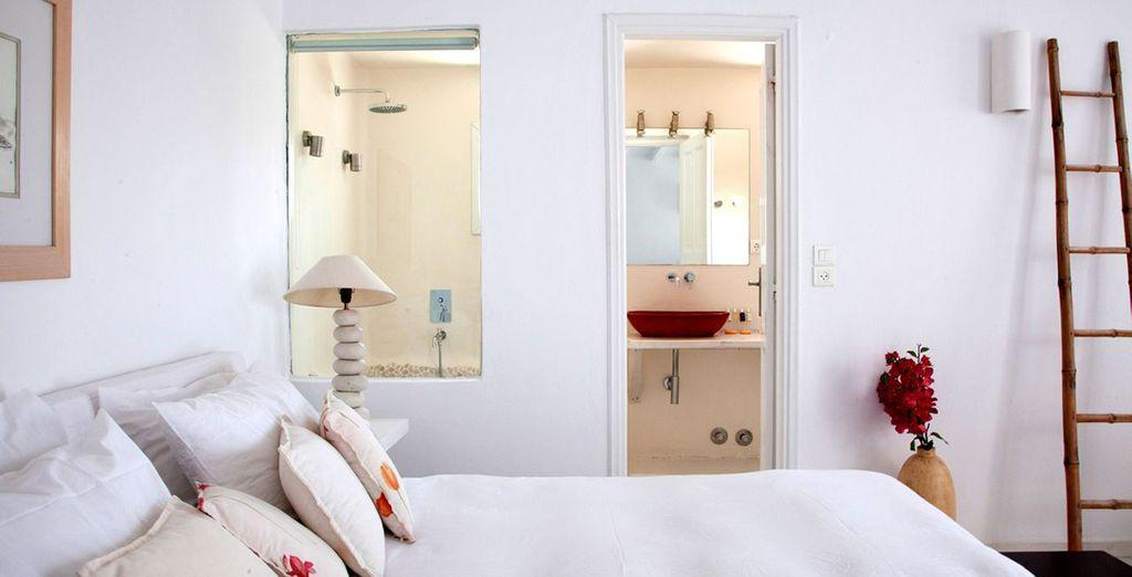 Vous séjournerez en chambre Mykonian Superior Sea View