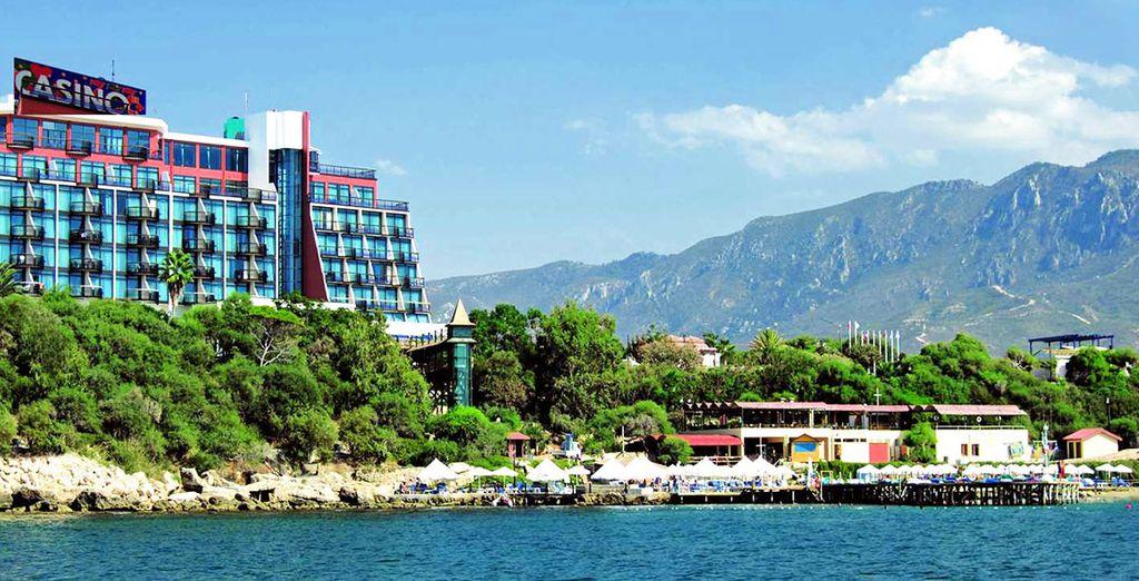 L'Hôtel Merit Crystal Cove & Casino 5* vous ouvre ses portes