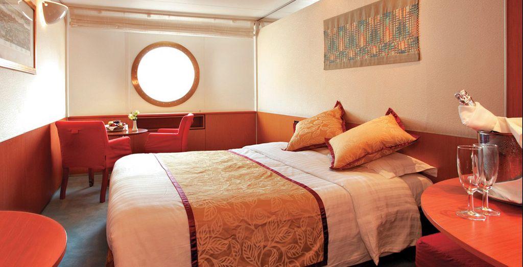 Selon votre choix à la réservation, vous séjournerez en cabine intérieure ou extérieure
