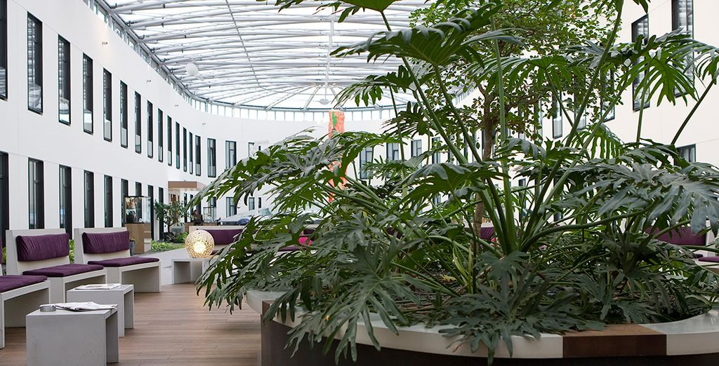 Et détente dans l'incroyable atrium