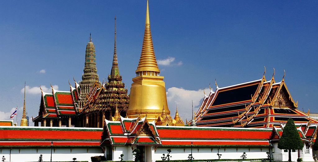 Vous verrez également le majestueux Temple du Bouddha d'Emeraude