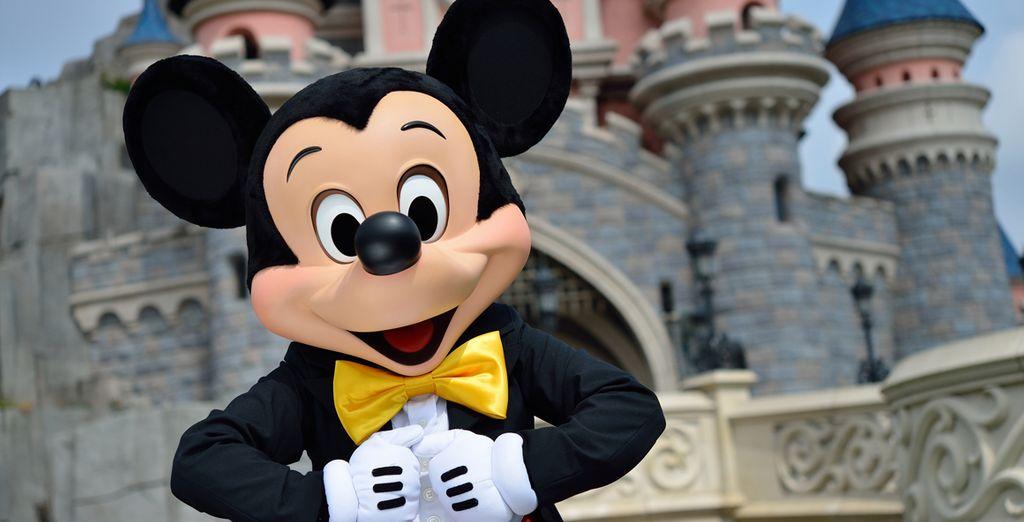 Rencontrez les personnages Disney mythiques comme Mickey