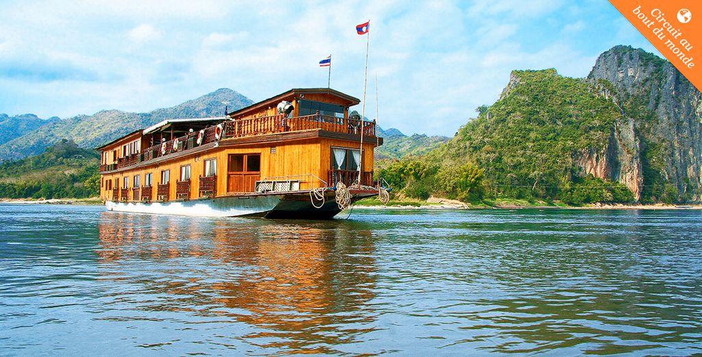 Embarquez à bord de votre bateau pour une croisière époustouflante au fil du Mékong