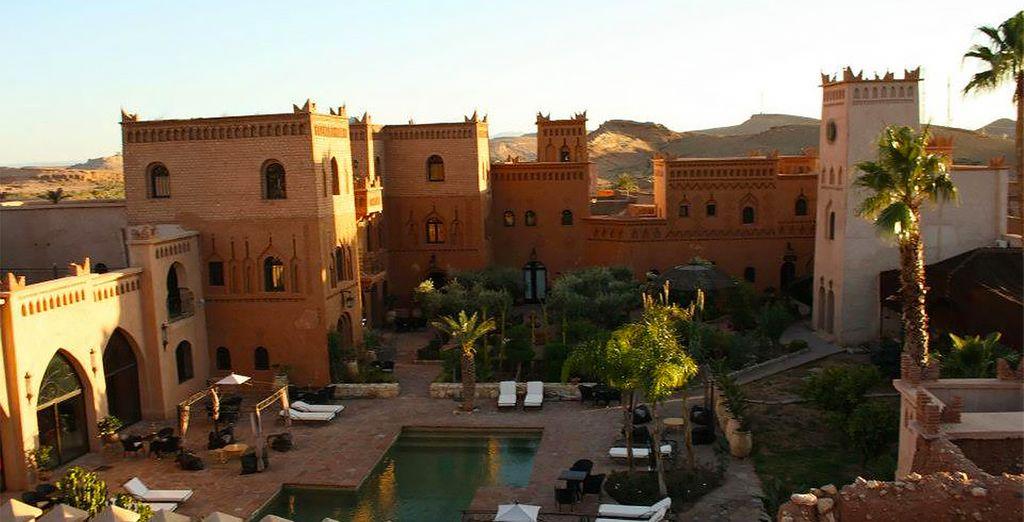 Vous passerez vos nuits dans de sublimes établissements comme le Riad Ksar Ighnda