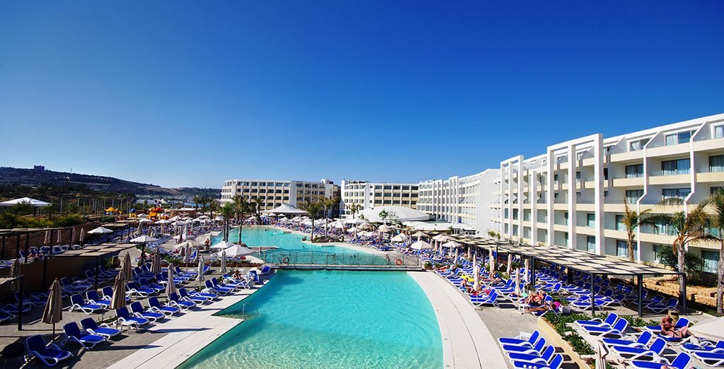 Seabank All inclusive Resort & Spa 4*
