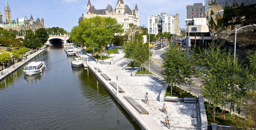 Vous déambulerez le long du canal Rideau avant de faire une dernière étape à Montréal et de repartir vers de nouvelles aventures !