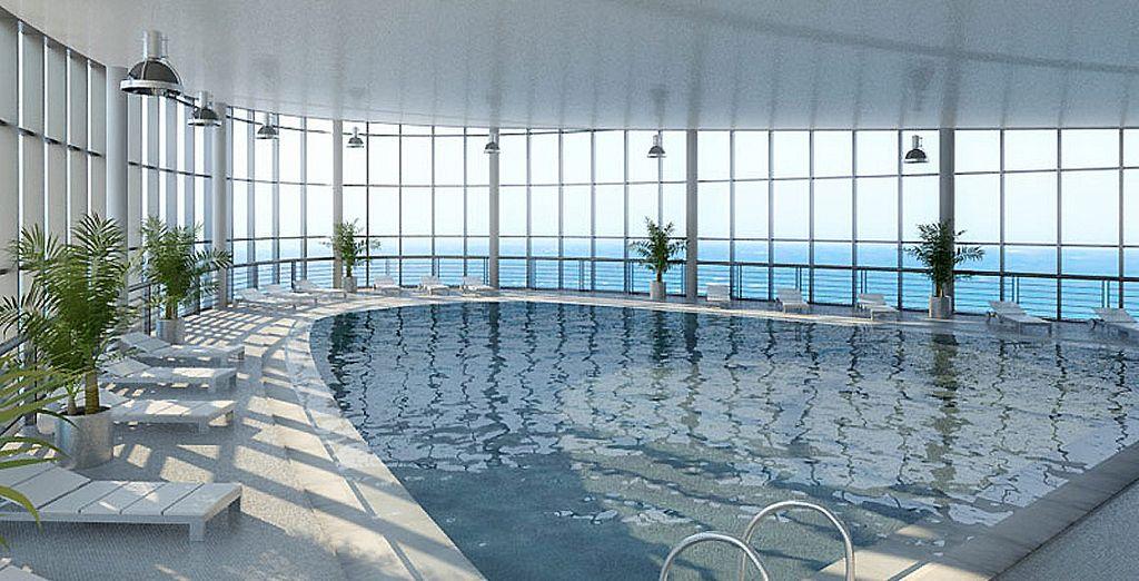 Un hôtel de standing au bord de la mer...
